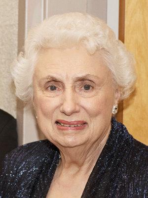 Gloria Dearmore