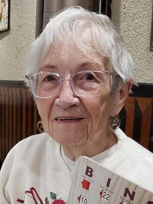 Lorraine Klouzer